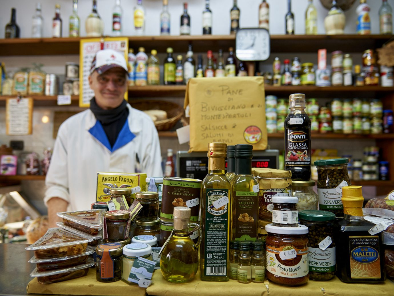 Trip Ideas table bottle food grocery store indoor distilled beverage whole food supermarket retail liquor store delicatessen alcohol grocer convenience food Drink shopkeeper produce liqueur product service counter convenience store cluttered Shop