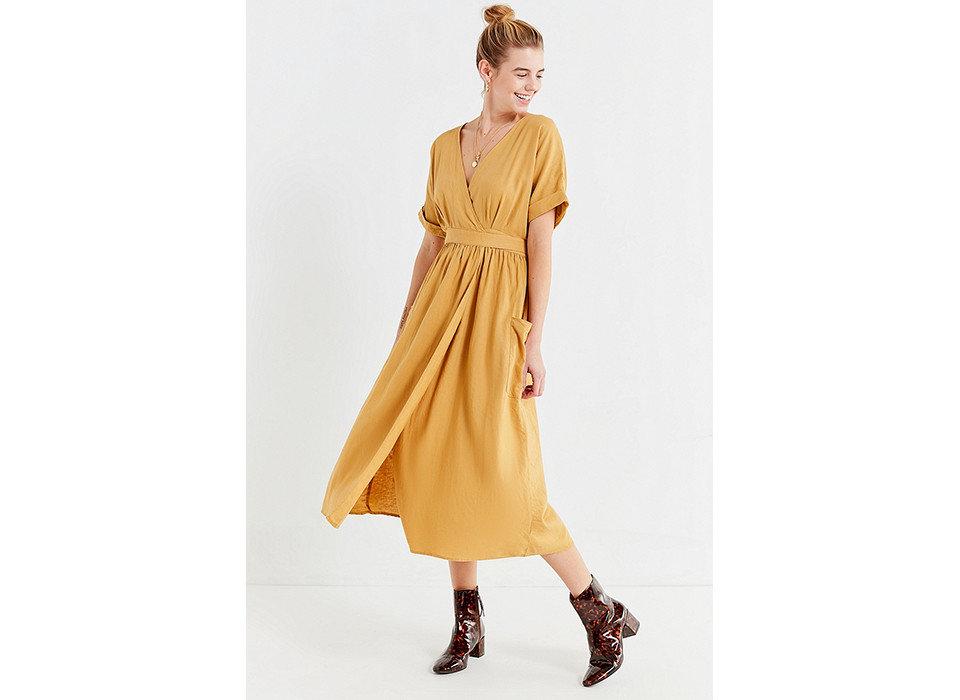 Style + Design Travel Shop fashion model dress day dress standing shoulder neck costume peach sleeve fashion design