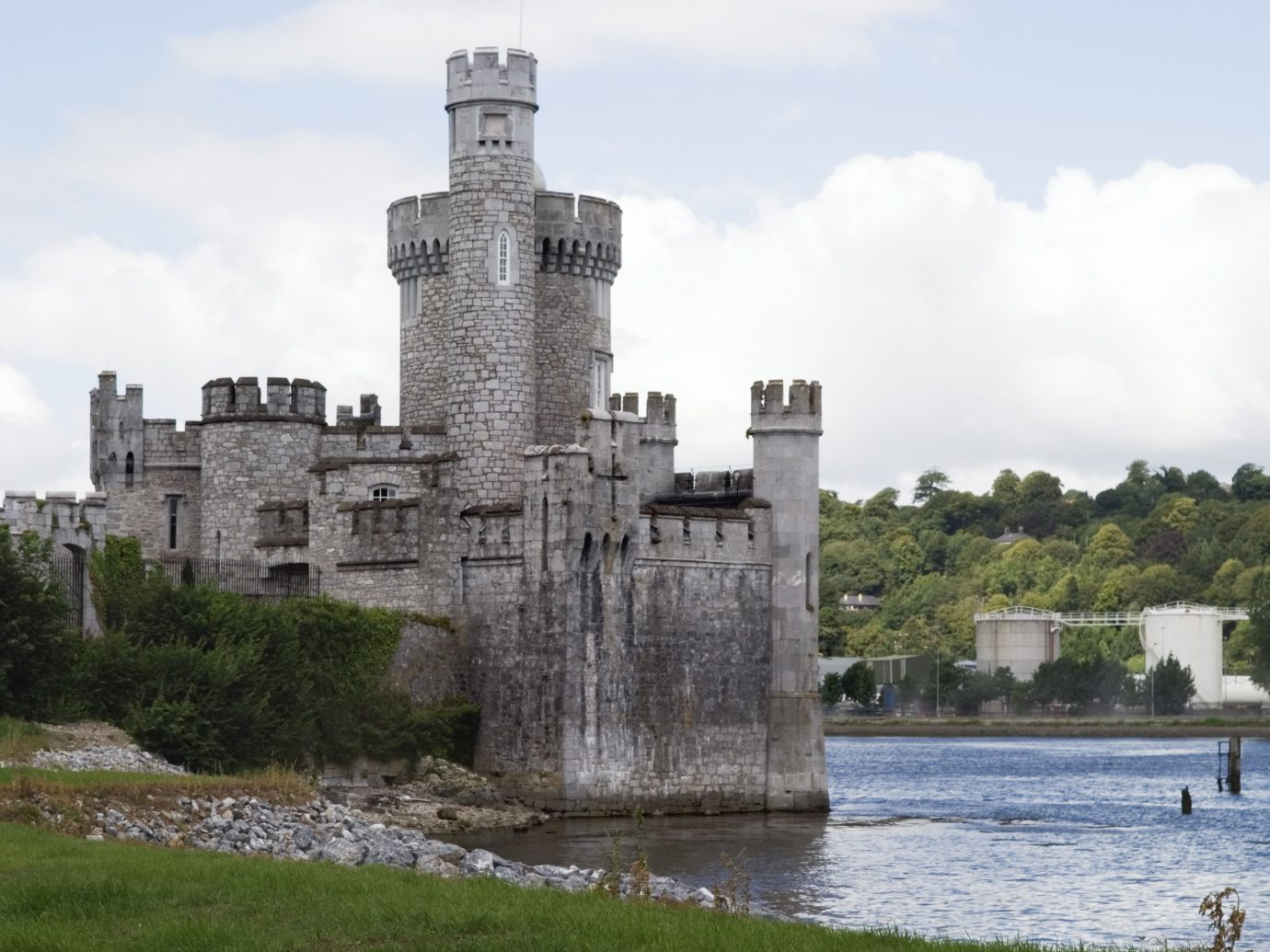 Dublin Ireland Trip Ideas sky outdoor building water castle moat River fortification water castle reservoir Lake tree château cloud turret stone