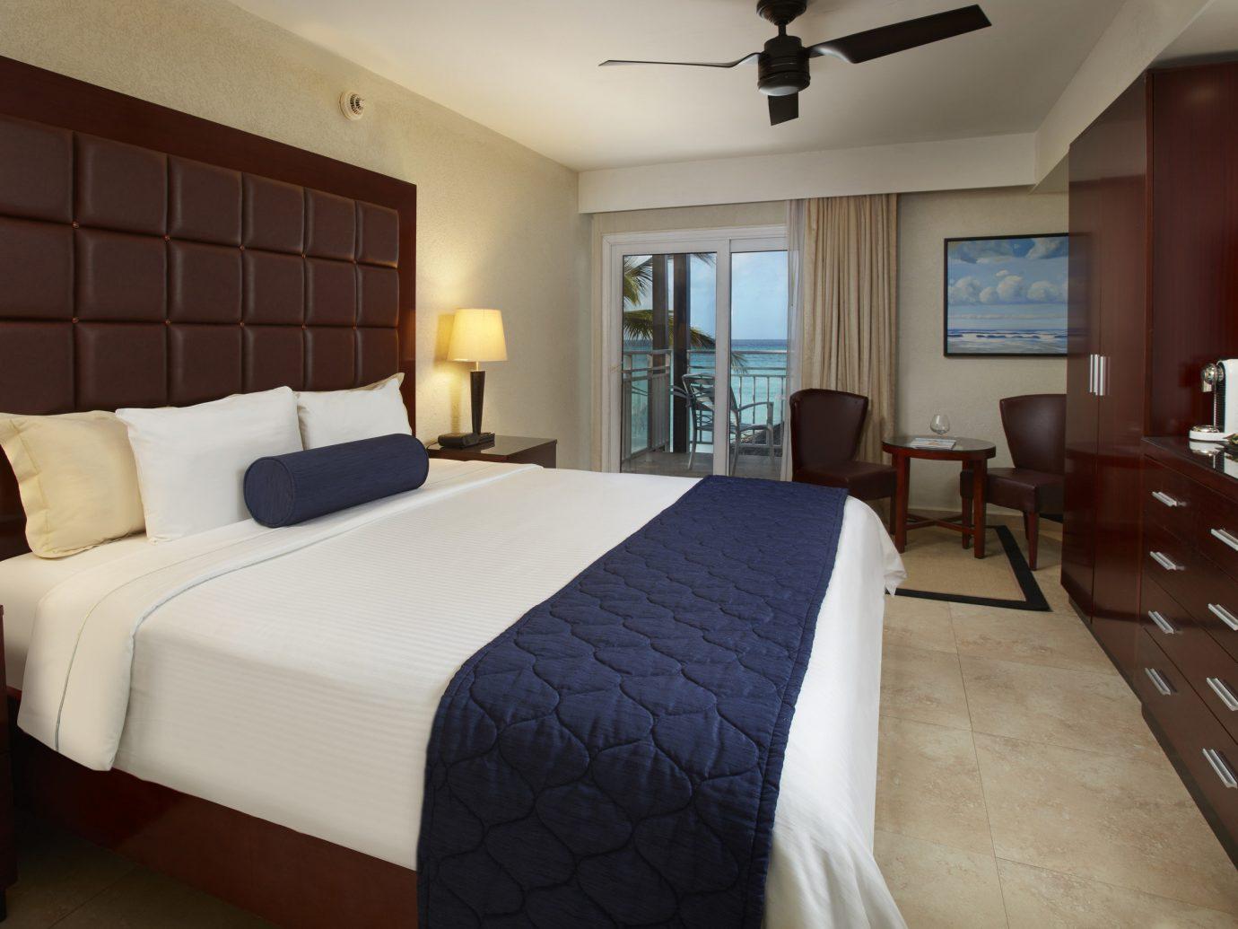Hotels indoor bed floor wall hotel room Bedroom property Suite ceiling estate cottage real estate nice interior design apartment lamp