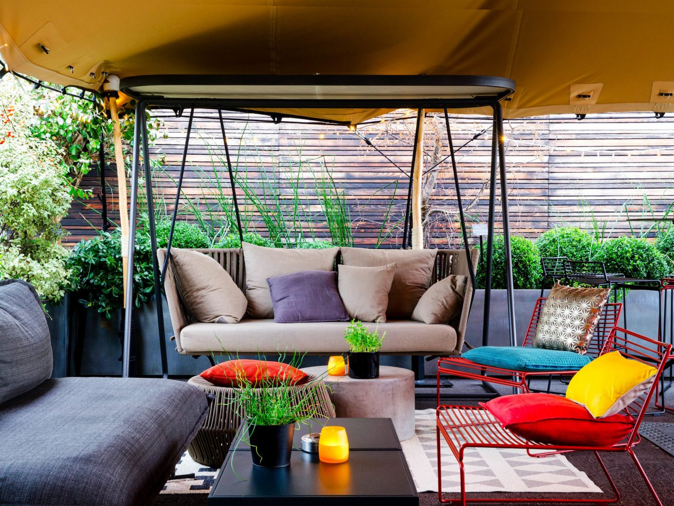 Food + Drink Paris Trip Ideas Living indoor room building home interior design living room outdoor structure Patio house real estate Balcony porch window table furniture backyard colorful decorated colored