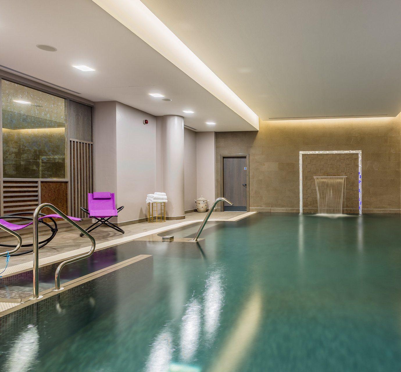 swimming pool property leisure centre condominium Island