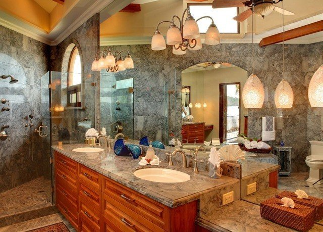Kitchen property counter cottage home farmhouse bathroom Villa mansion living room Island cooking appliance