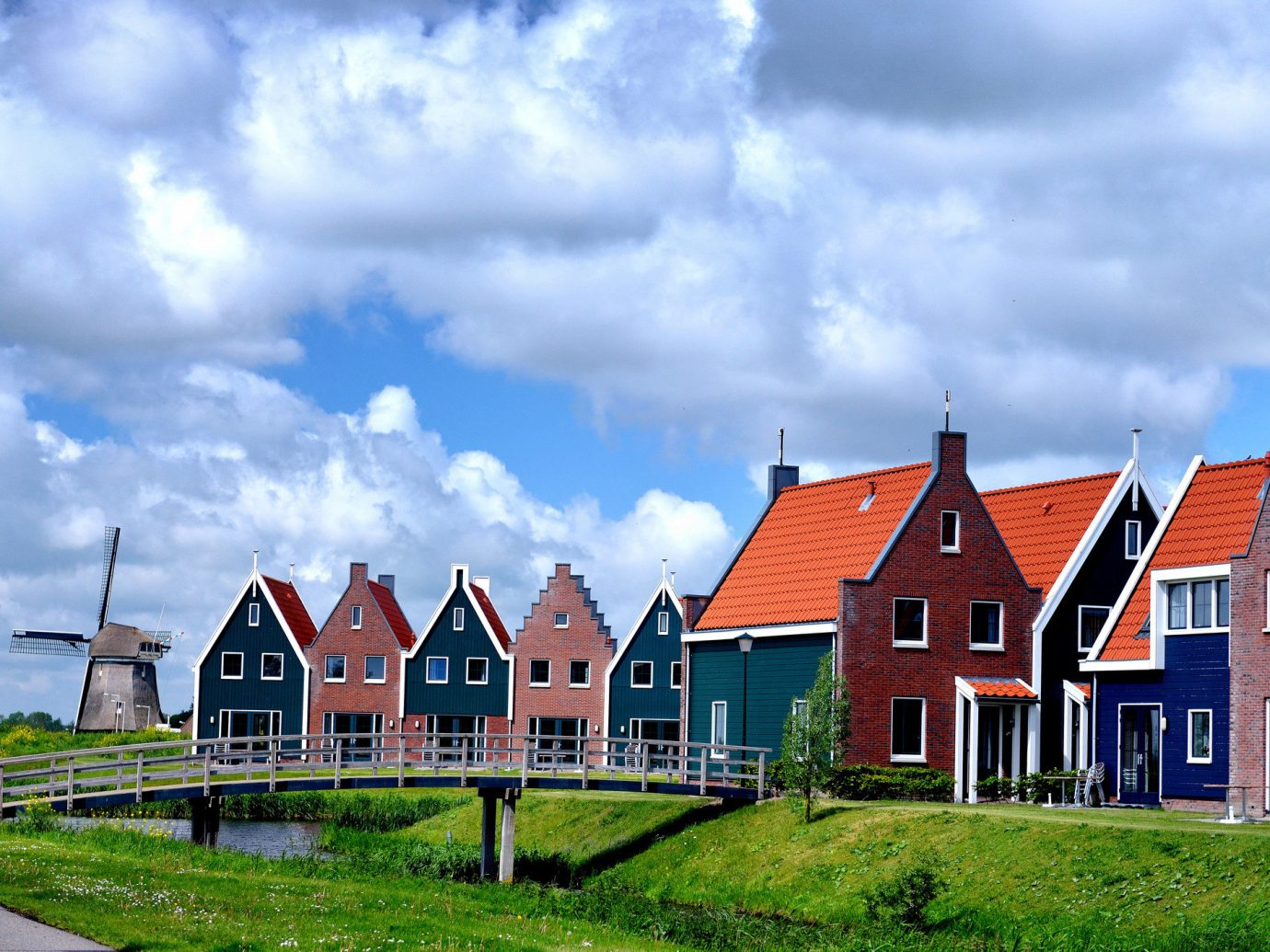 Trip Ideas grass sky house outdoor building home property cloud cottage residential area old brick rural area real estate Farm estate green farmhouse oast suburb land lot Village landscape residential grassy Town lush hillside