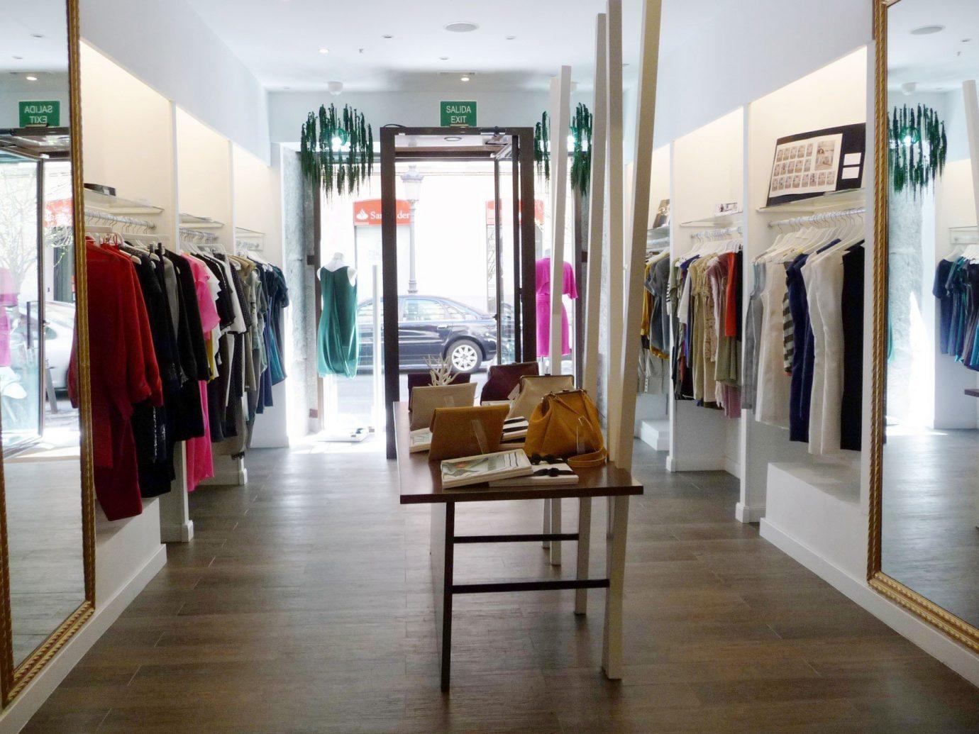 Trip Ideas floor indoor room Boutique scene building gallery retail interior design Design tourist attraction several