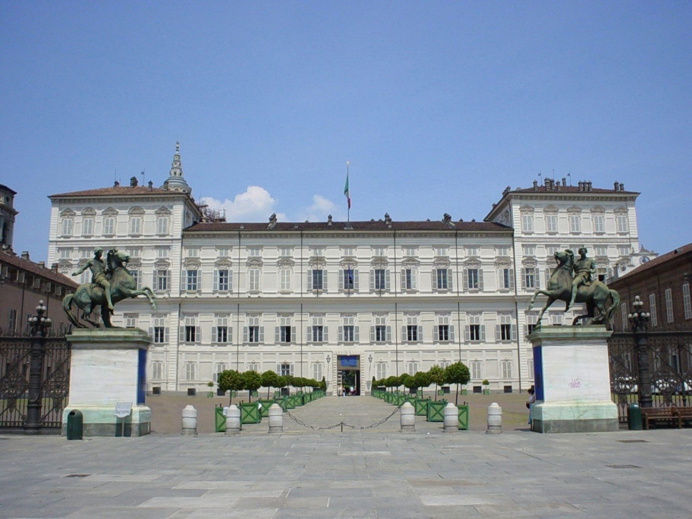 Italy Trip Ideas outdoor sky palace landmark building plaza château town square government building classical architecture estate stately home facade presidential palace official residence City seat of local government historic site government mansion square