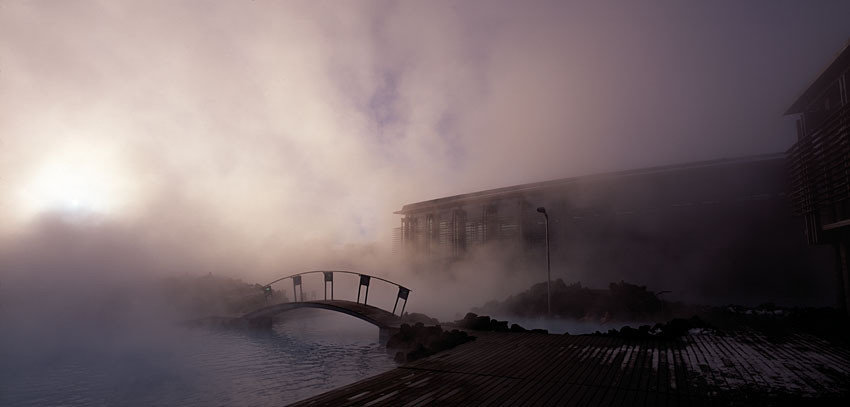 Budget Iceland Trip Ideas sky outdoor Fog mist atmospheric phenomenon weather atmosphere cloud darkness morning light dawn night atmosphere of earth haze clouds sunrise cloudy Nature evening sunlight traveling snow dusk wave dark day railroad