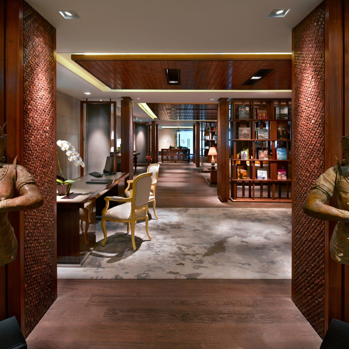 Lounge Resort Lobby library restaurant