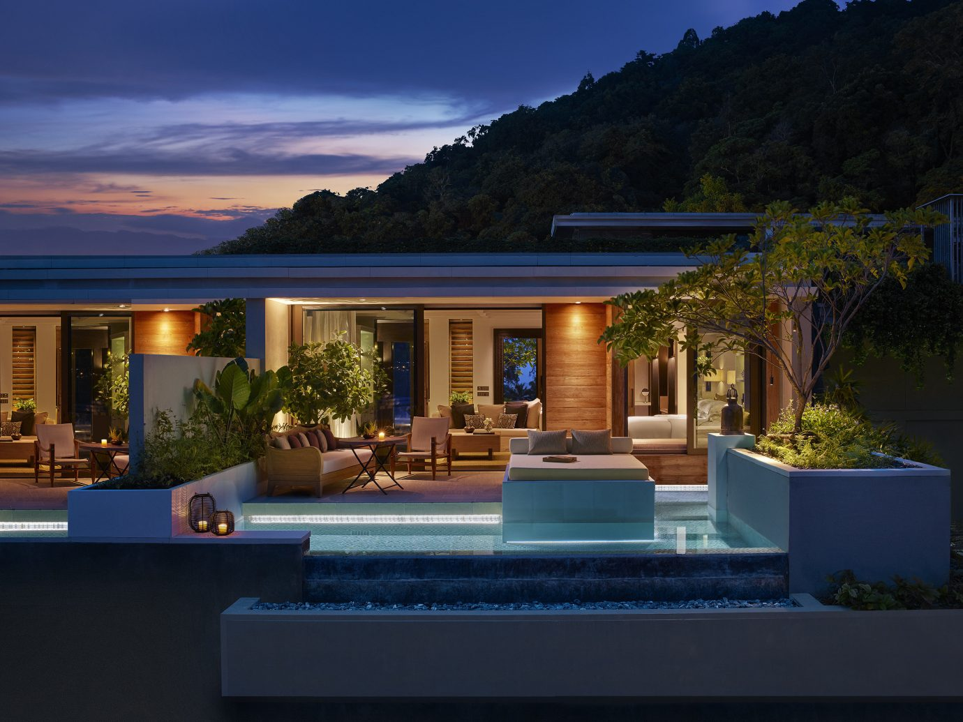sky outdoor home property estate house swimming pool Architecture real estate lighting Villa residential area landscape lighting backyard Resort reflection facade window cottage elevation landscaping roof interior design outdoor structure evening landscape
