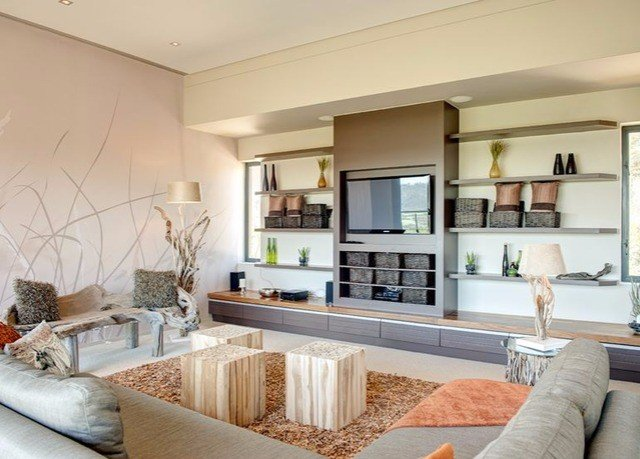 sofa living room property condominium home hardwood cuisine classique cottage cabinetry Modern flat