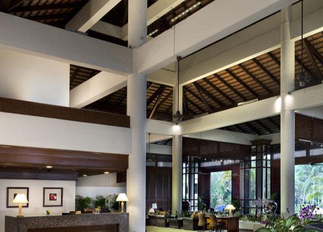 property condominium home daylighting lighting living room loft Modern
