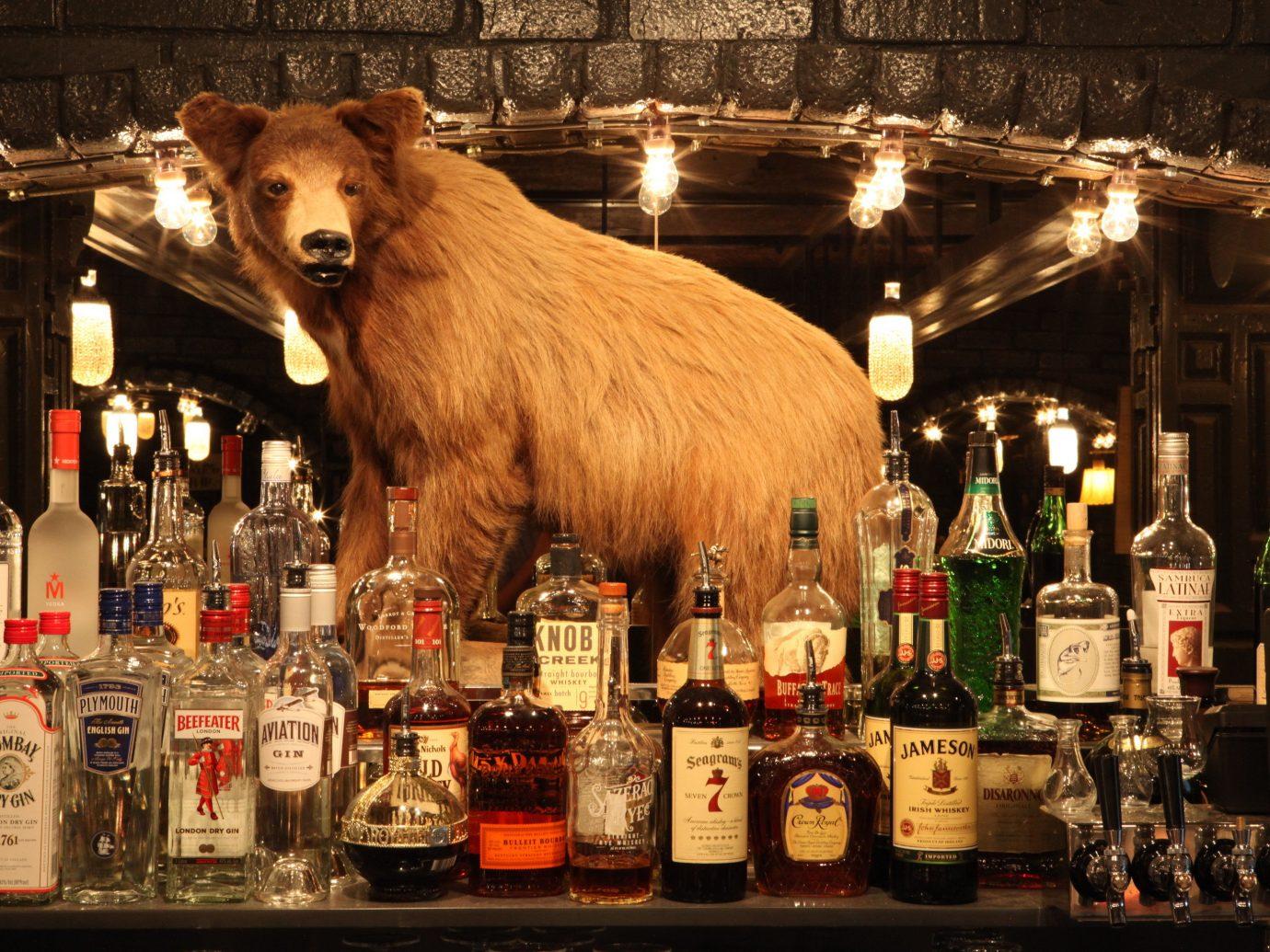 Jetsetter Guides bottle wine alcoholic beverage night Drink distilled beverage Bar beer liqueur restaurant several