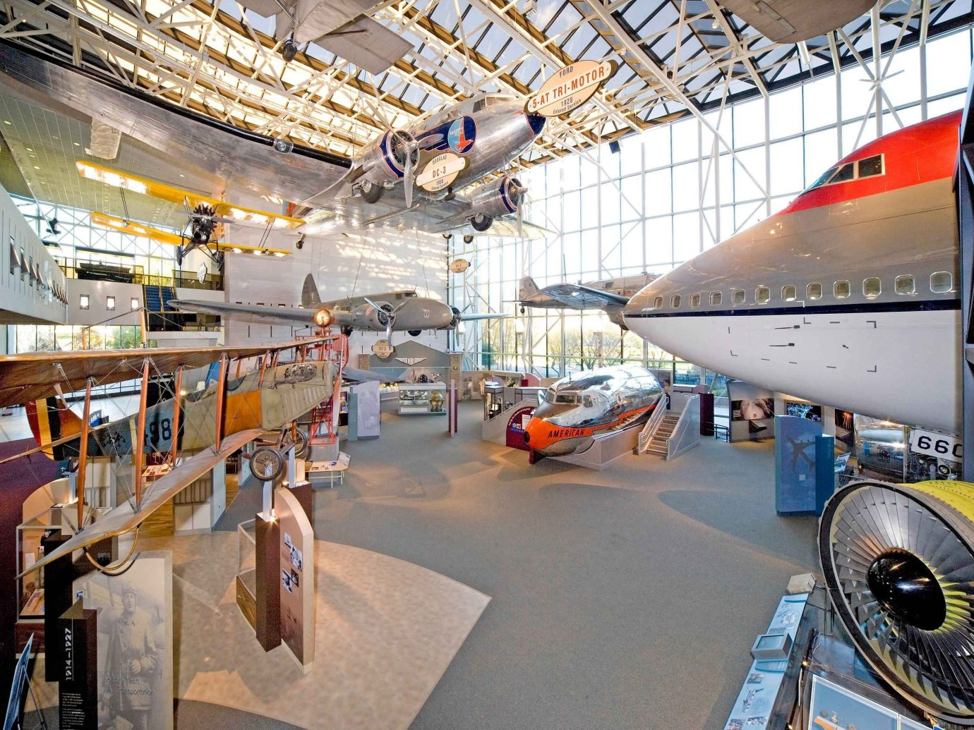 Budget indoor transport vehicle aviation aircraft engine tourist attraction airplane