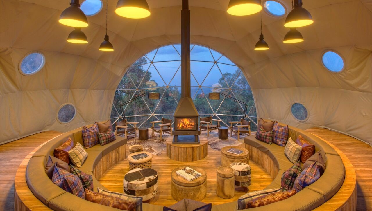 Outdoors + Adventure Travel Tips indoor ceiling tourist attraction interior design dome