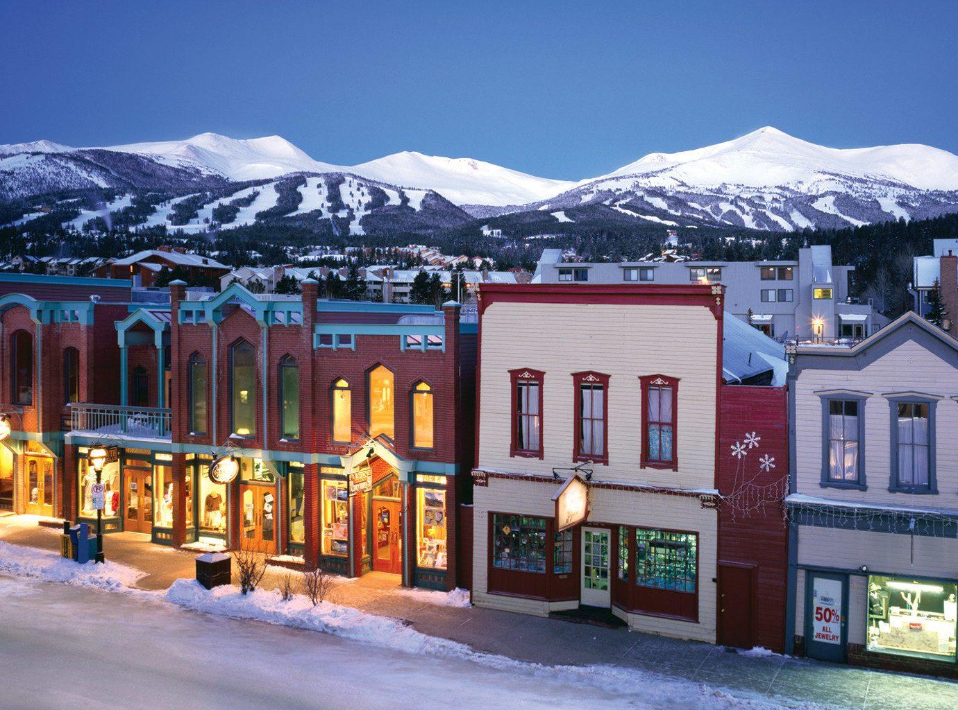 Lodge Outdoor Activities Romantic Ski Trip Ideas snow sky outdoor Town Winter mountain season vacation Resort