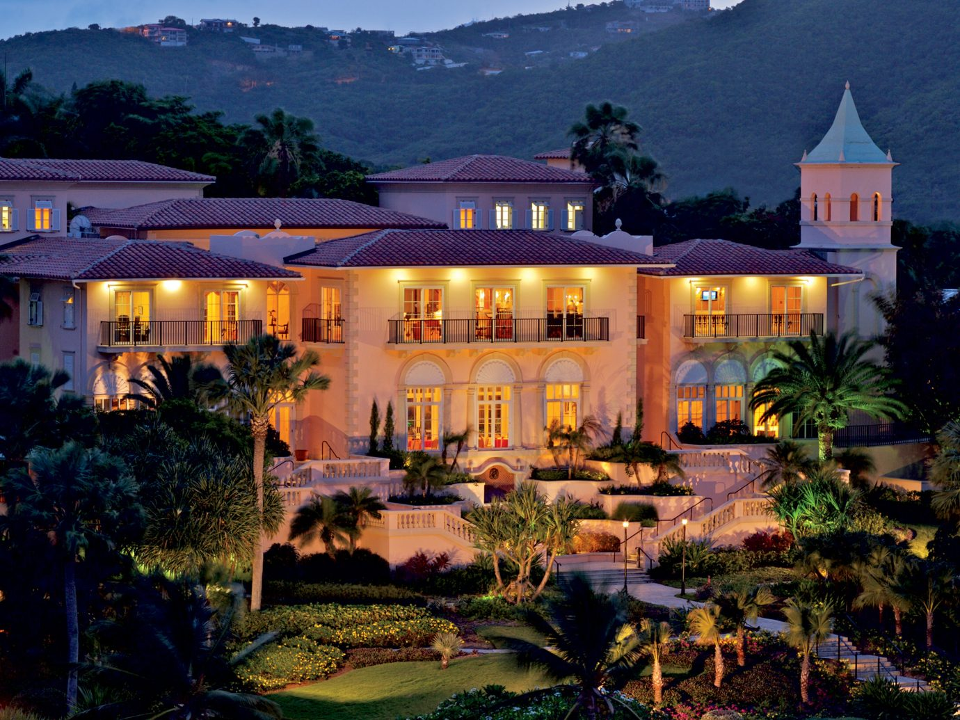 Hotels Romance outdoor building grass Resort estate house vacation mansion home palace landscape lighting hotel lush