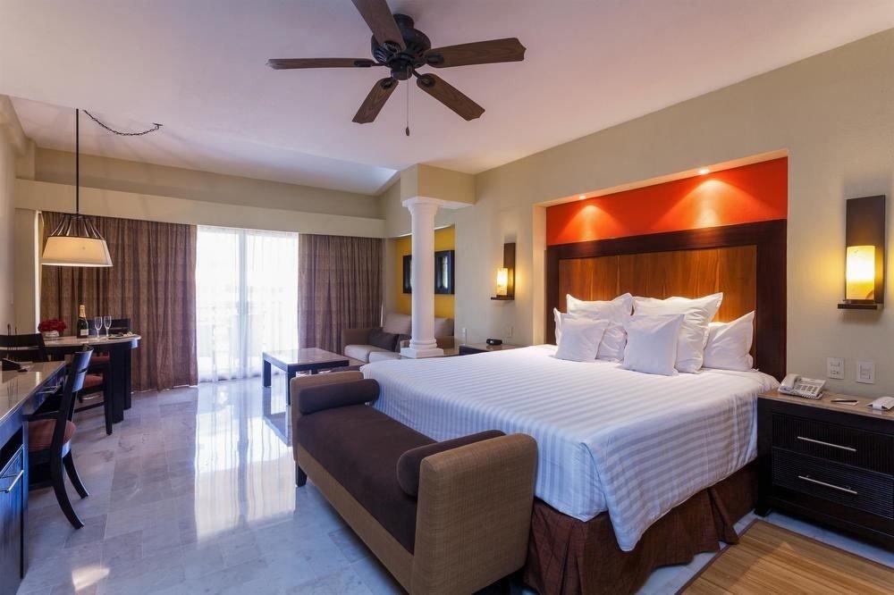 All-Inclusive Resorts Hotels indoor floor ceiling wall bed room Suite Bedroom hotel interior design real estate estate furniture wood several