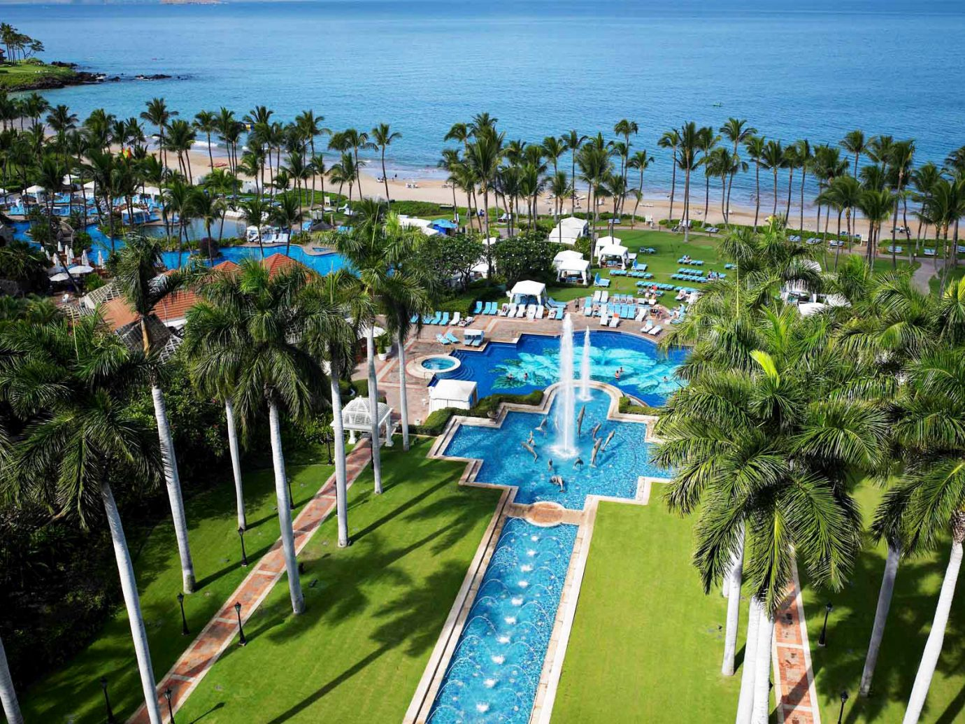 Exterior Grounds Hotels Lounge Luxury Modern Pool Romance tree outdoor leisure Resort vacation walkway tourism amusement park arecales estate park Water park overlooking lush