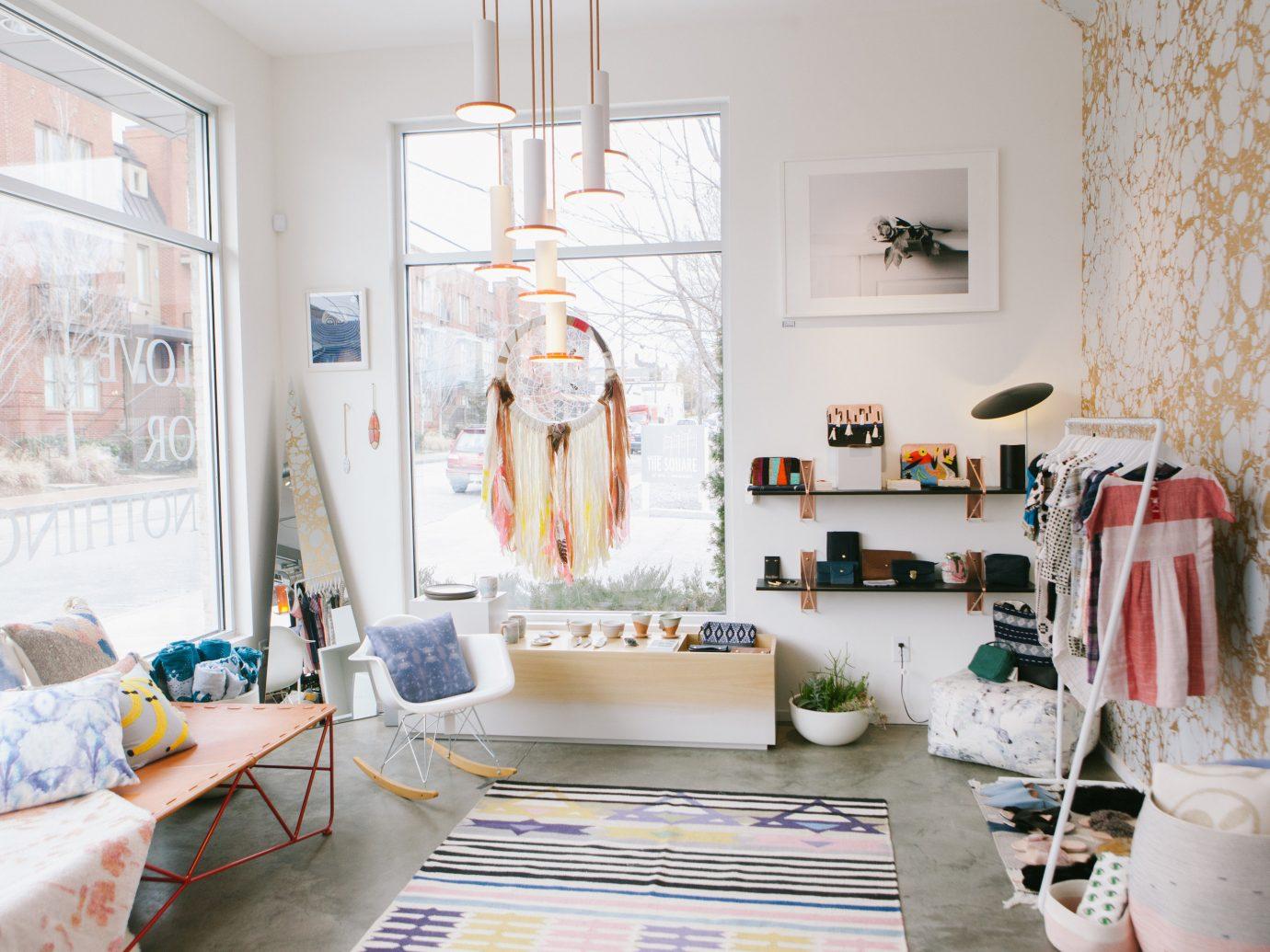 Jetsetter Guides wall indoor room living room home interior design Design cottage furniture