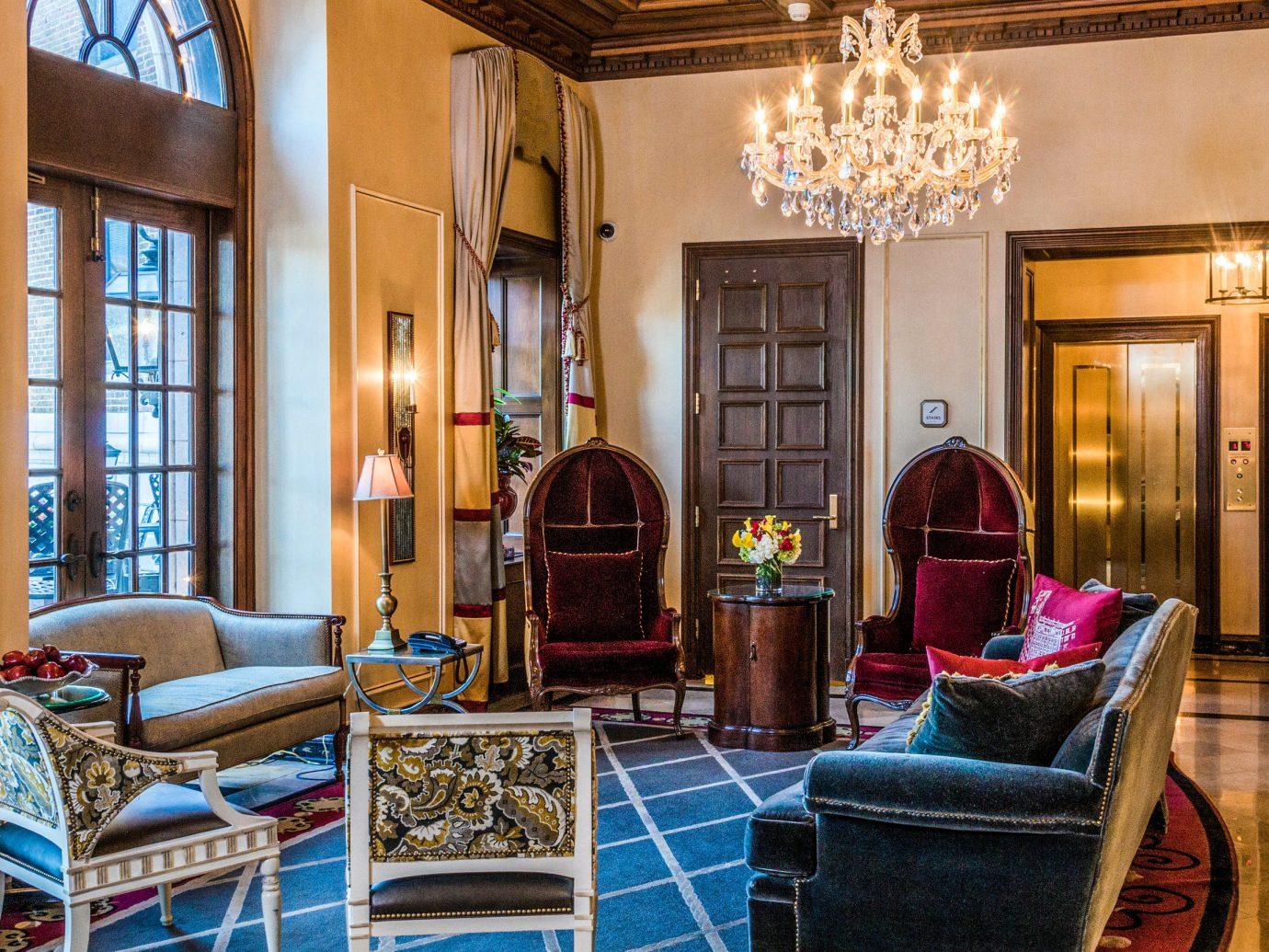 City Kansas City Midwest Trip Ideas indoor floor room window living room Living interior design Lobby estate real estate home Suite ceiling furniture