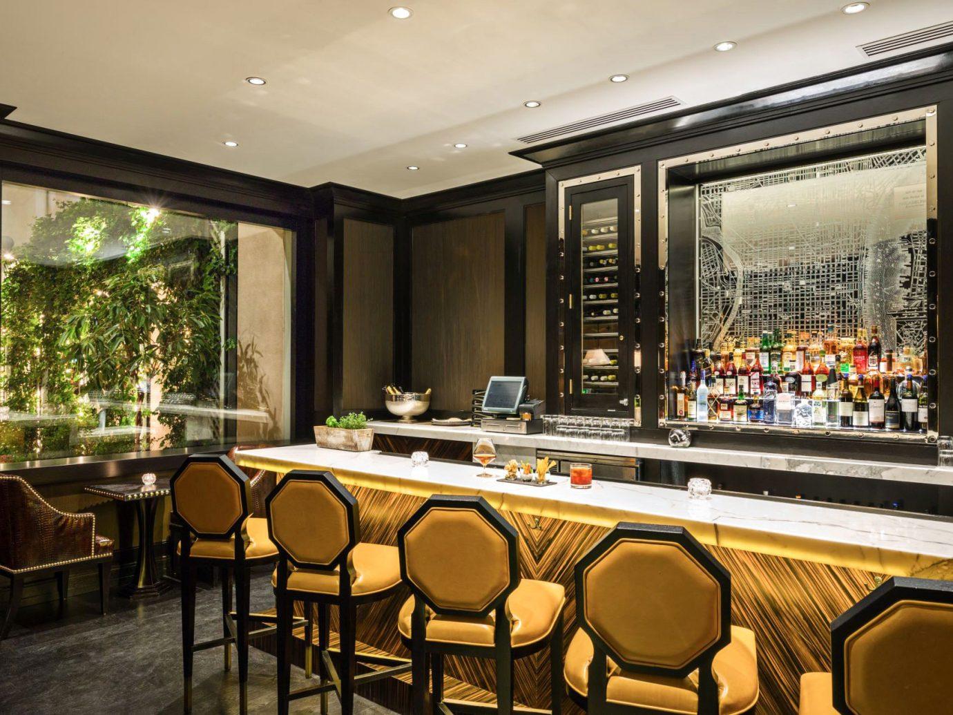 Bar Boutique Hotels Classic Dining Drink Eat Elegant Hotels Lounge Philadelphia indoor floor chair window room restaurant interior design estate Lobby café meal furniture several