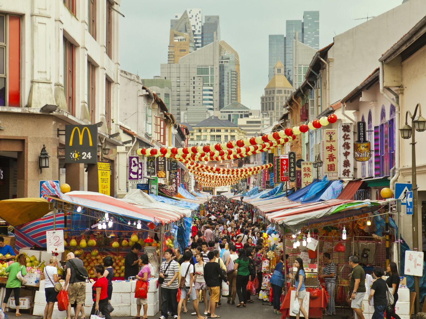 Offbeat Singapore Trip Ideas building outdoor people person street Town crowd road City marketplace scene public space walking neighbourhood human settlement group tourism Downtown market plaza bazaar infrastructure pedestrian way shopping cityscape town square several