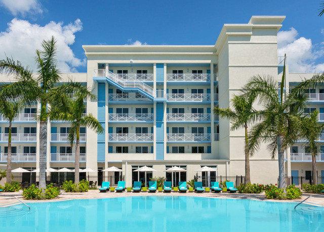 building sky condominium property leisure Resort leisure centre home plaza swimming pool
