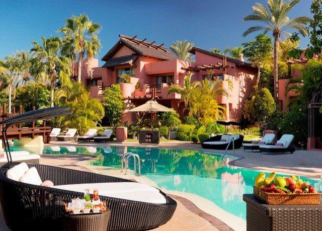 tree sky swimming pool property Resort leisure Villa condominium home backyard hacienda eco hotel