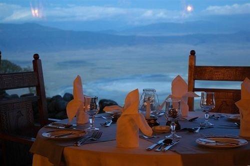 property Resort restaurant Villa cottage dining table