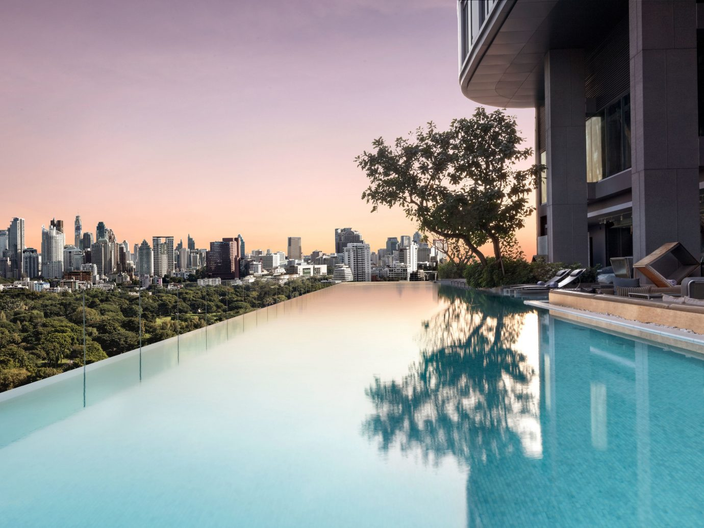 Trip Ideas sky outdoor swimming pool building reflection vacation reflecting pool estate condominium Downtown cityscape Resort