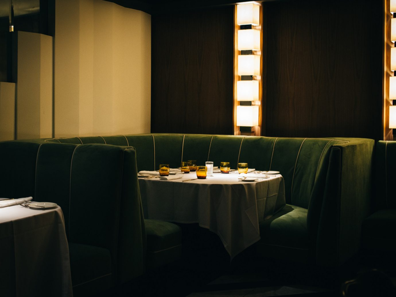 Jetsetter Guides wall indoor restaurant interior design lighting function hall Design meal lit conference hall