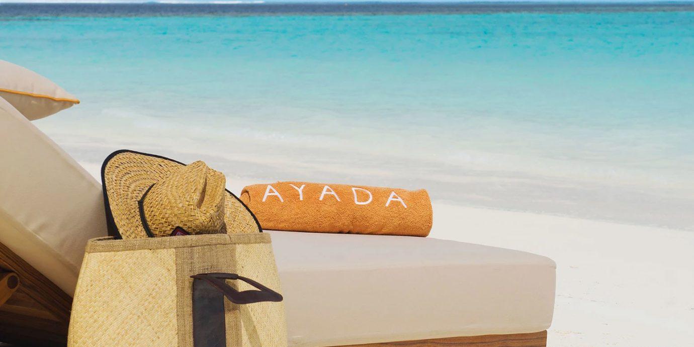 water sky sand studio couch Sea shore