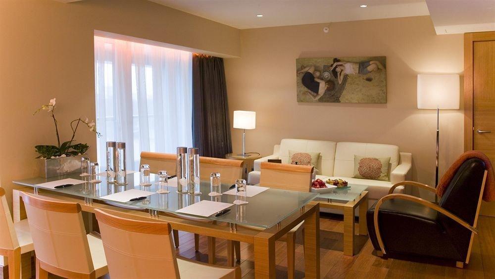 property chair Suite condominium dining table