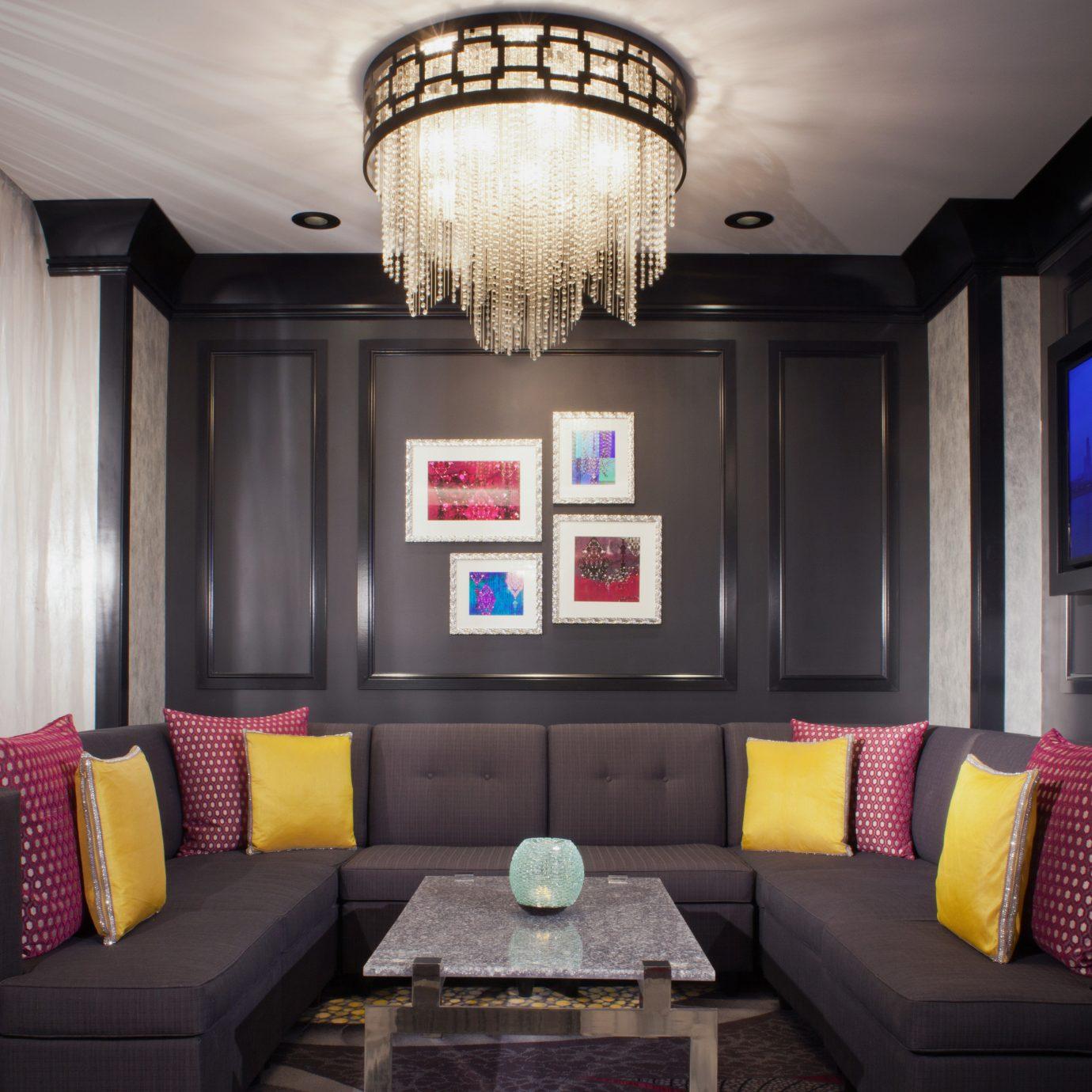 living room property home recreation room lighting Suite cottage mansion