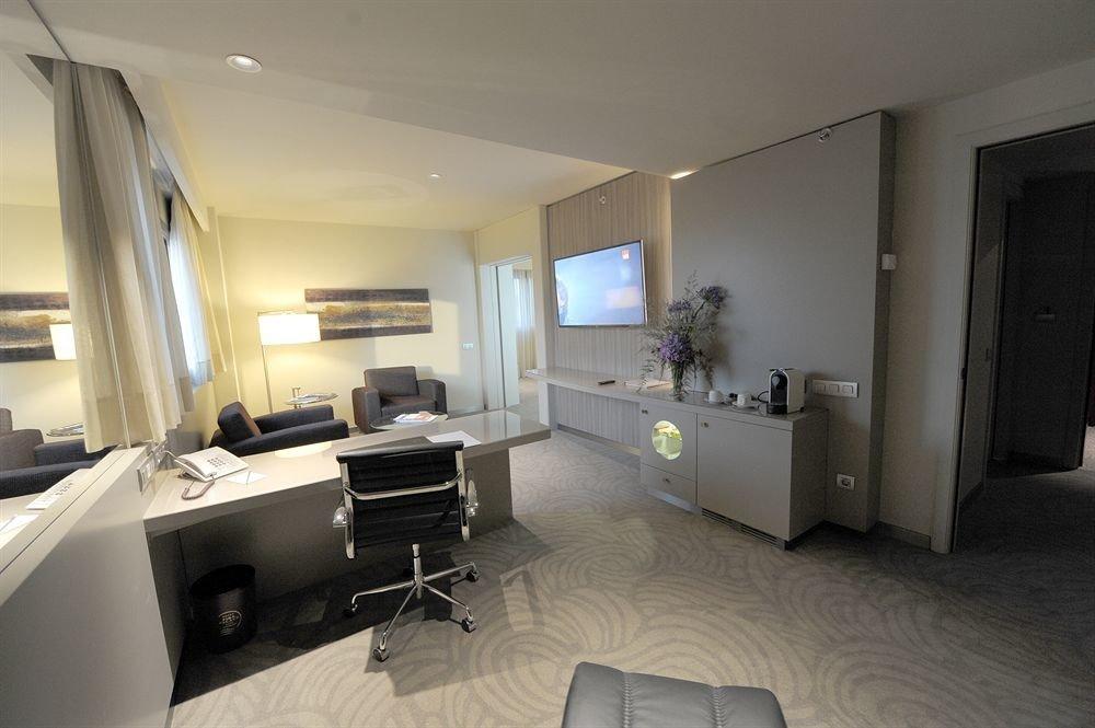 property house condominium living room home Suite Villa cottage