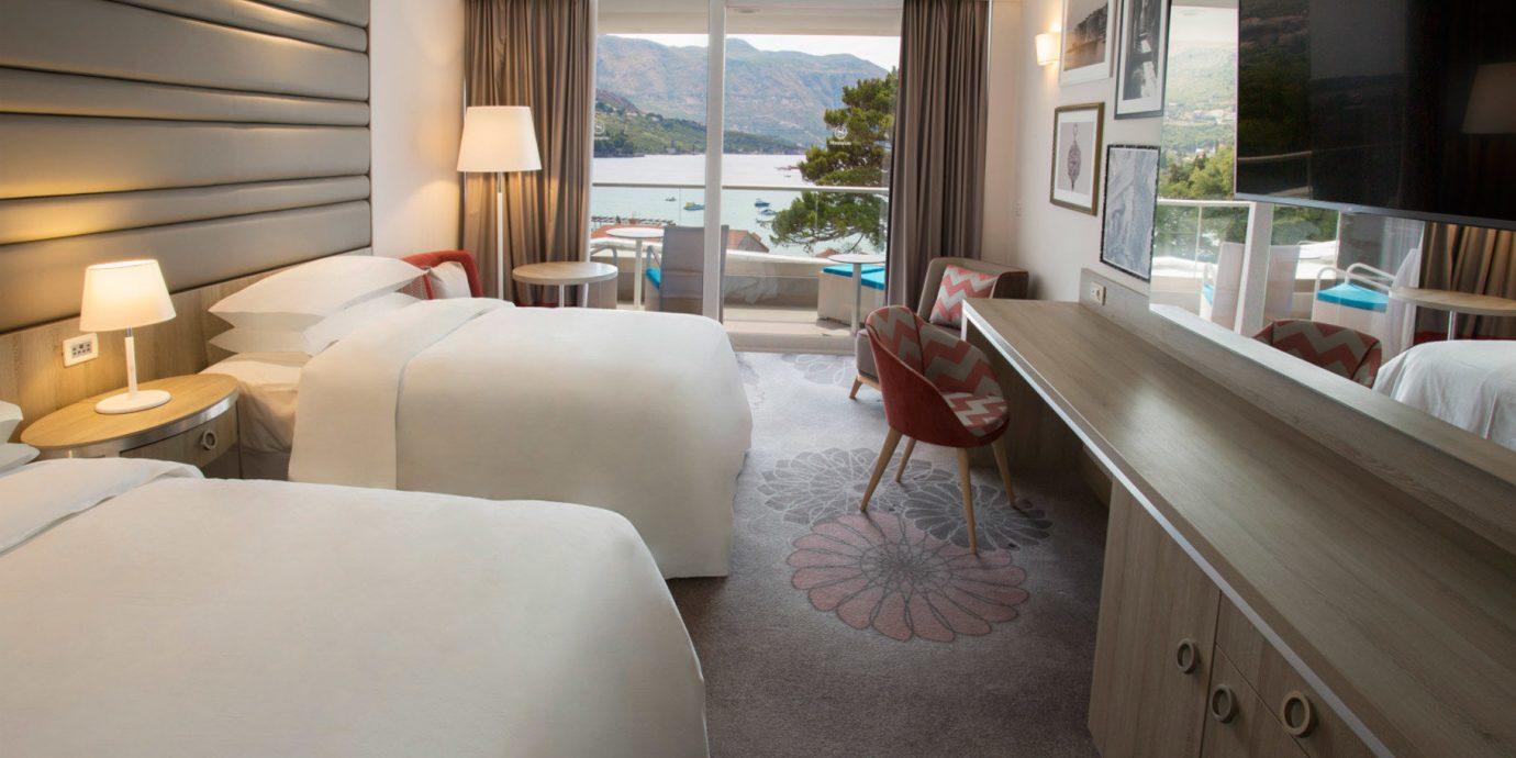sofa property home living room Suite cottage condominium Villa