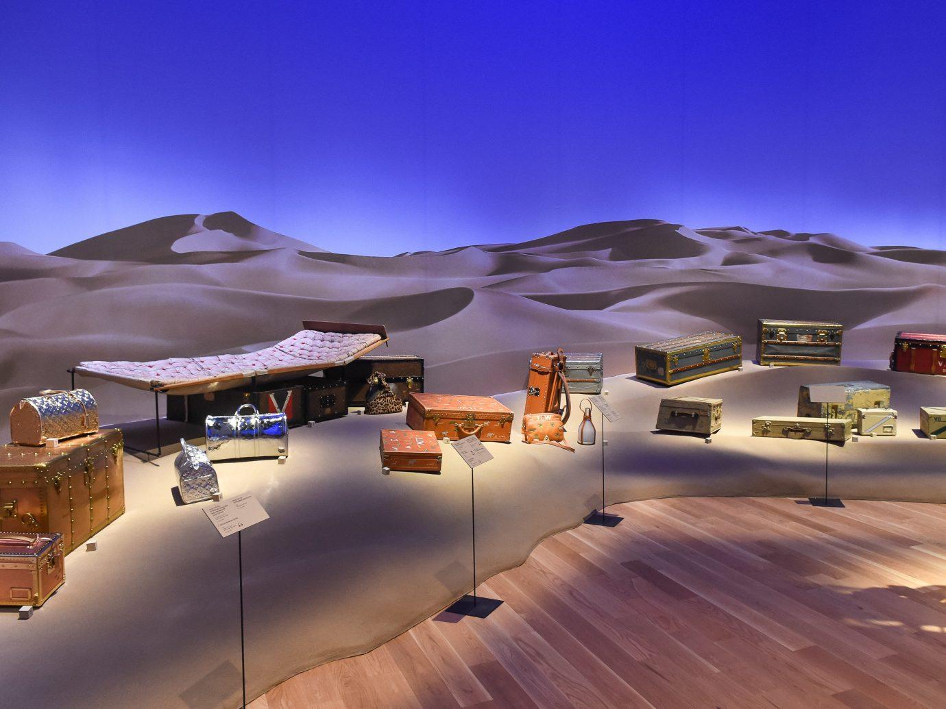 News Style + Design sky landscape aeolian landform home Desert mountain elevation sand house