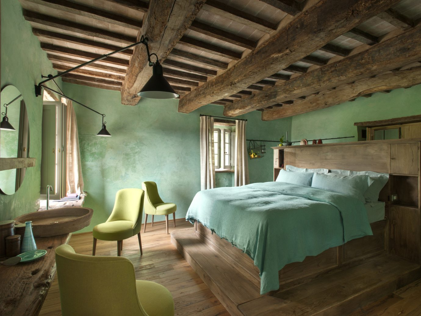 bed Bedroom charming cozy europe homey Hotels interior quaint Rustic indoor wall floor room ceiling green property chair building house estate cottage interior design home farmhouse Villa living room hotel mansion furniture area lamp
