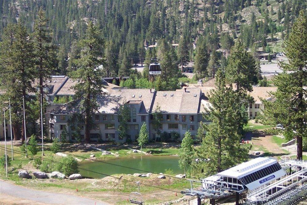 tree grass mountain geological phenomenon residential area mountain range Village aerial photography lush