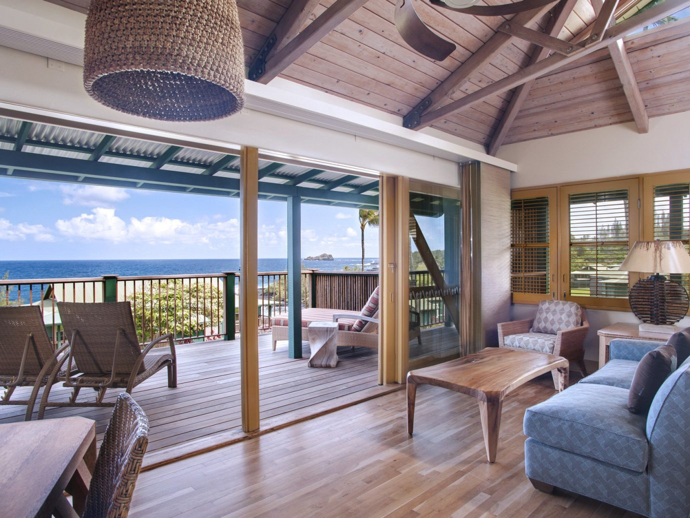 The 10 BEST Hotels in Hawaii, from Waikiki to Maui   Jetsetter