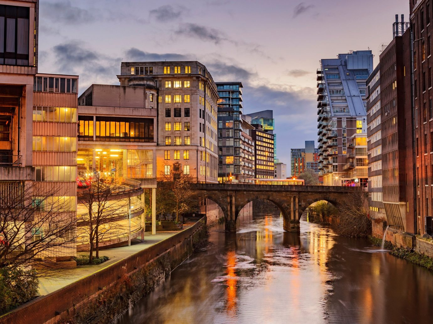 Trip Ideas outdoor geographical feature Town cityscape City reflection urban area human settlement neighbourhood waterway Canal evening River Downtown