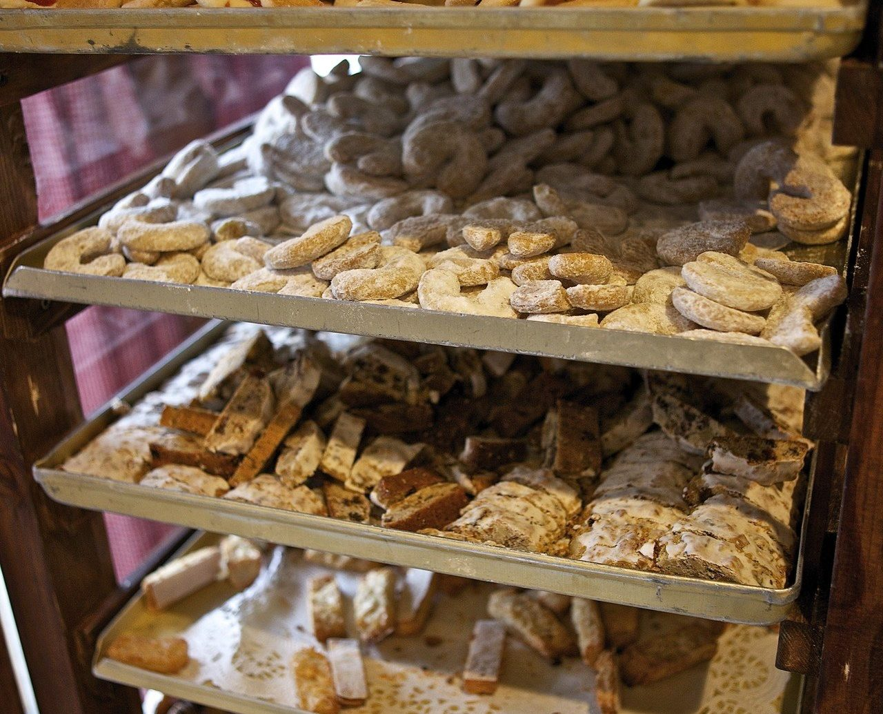 Eat europe food local eats Travel Tips bakery indoor dessert pâtisserie chocolate meal sweetness baking produce bunch different several Shop