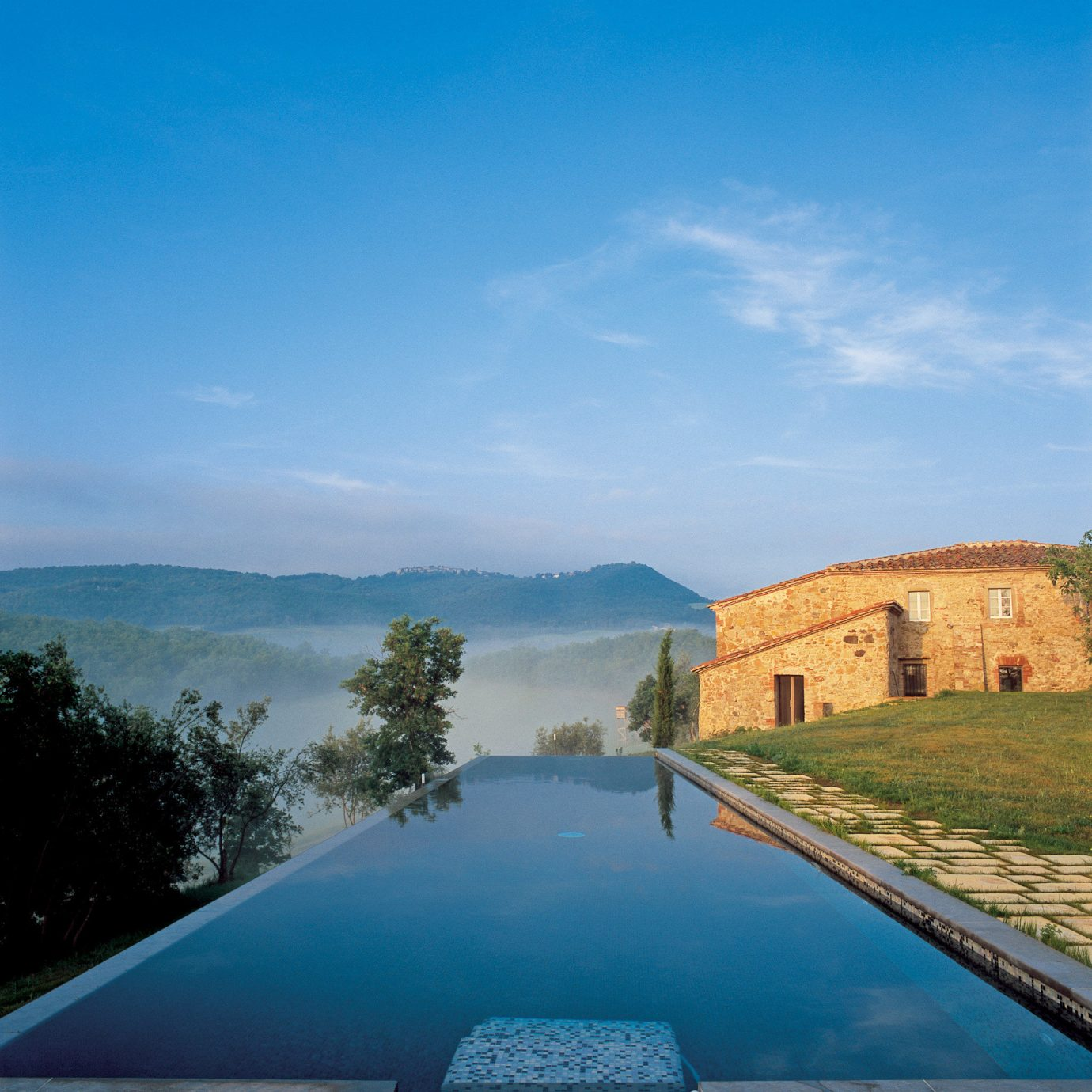 Grounds Health + Wellness Hotels Pool Romance Scenic views Spa Retreats sky outdoor water vacation Sea swimming pool reservoir reflection River Lake estate hill landscape mountain