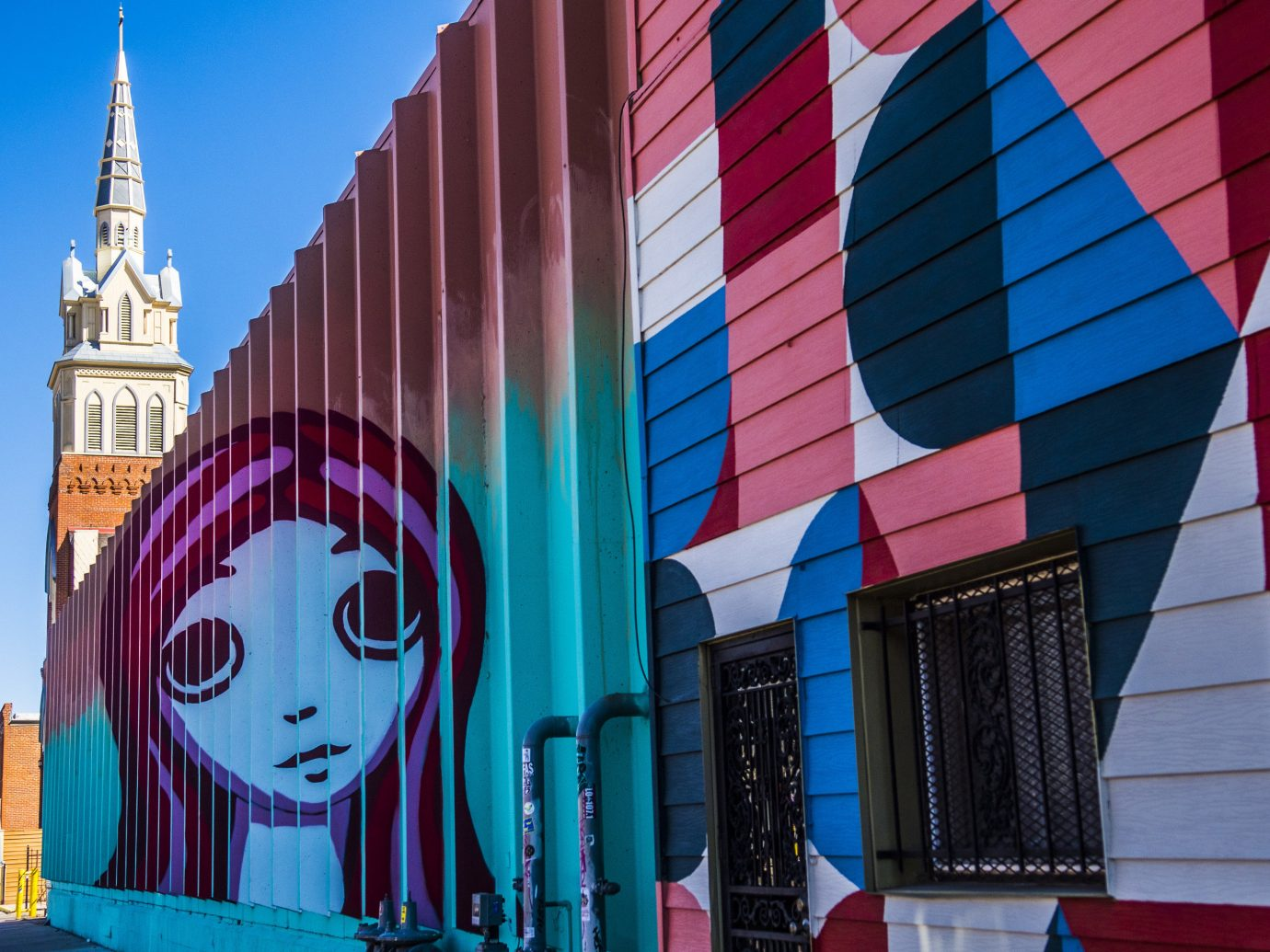 Building with graffiti in Denver, CO