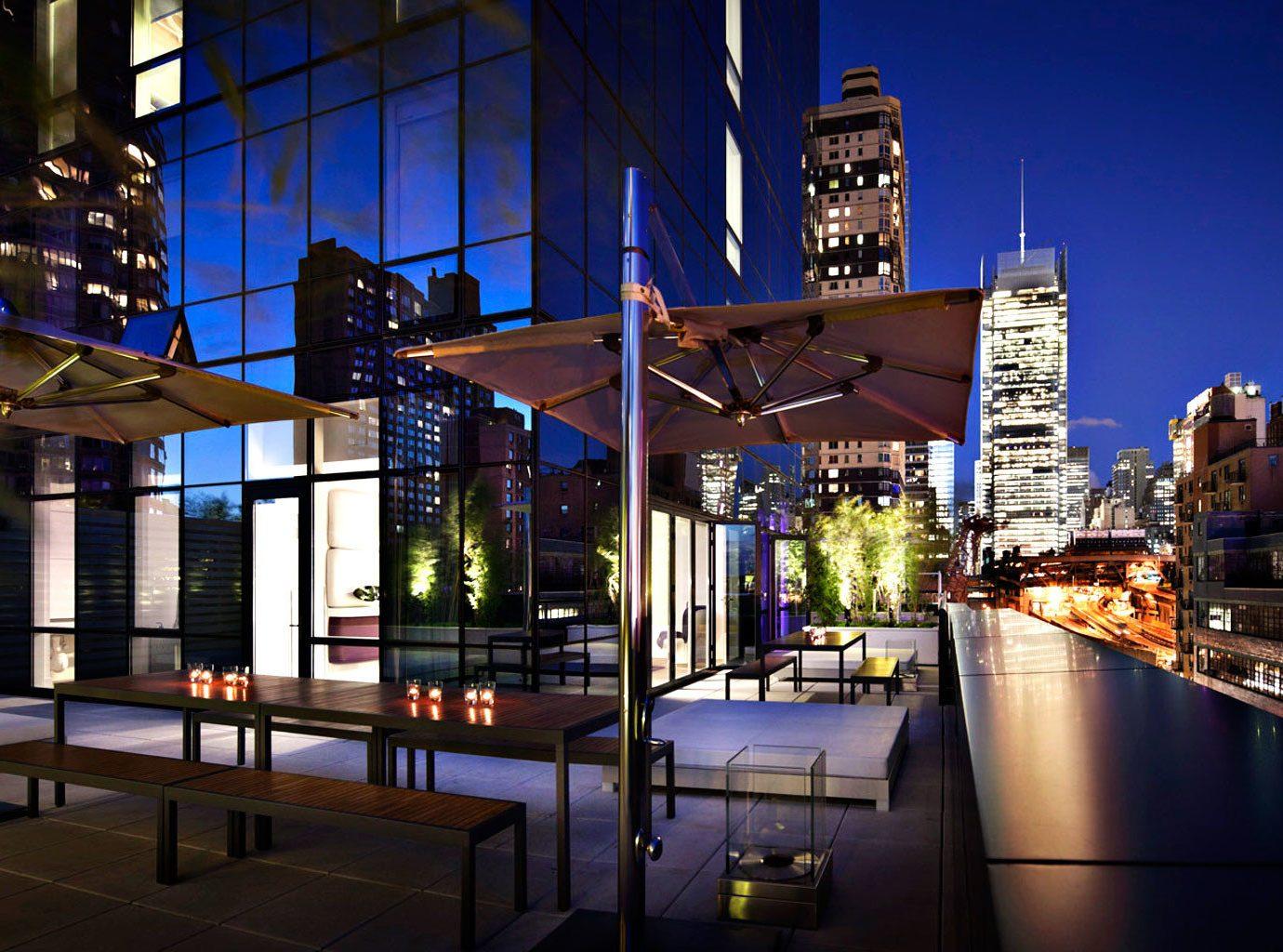 Architecture Budget Buildings City Exterior Rooftop Scenic views building metropolitan area night metropolis urban area landmark human settlement cityscape Downtown evening reflection