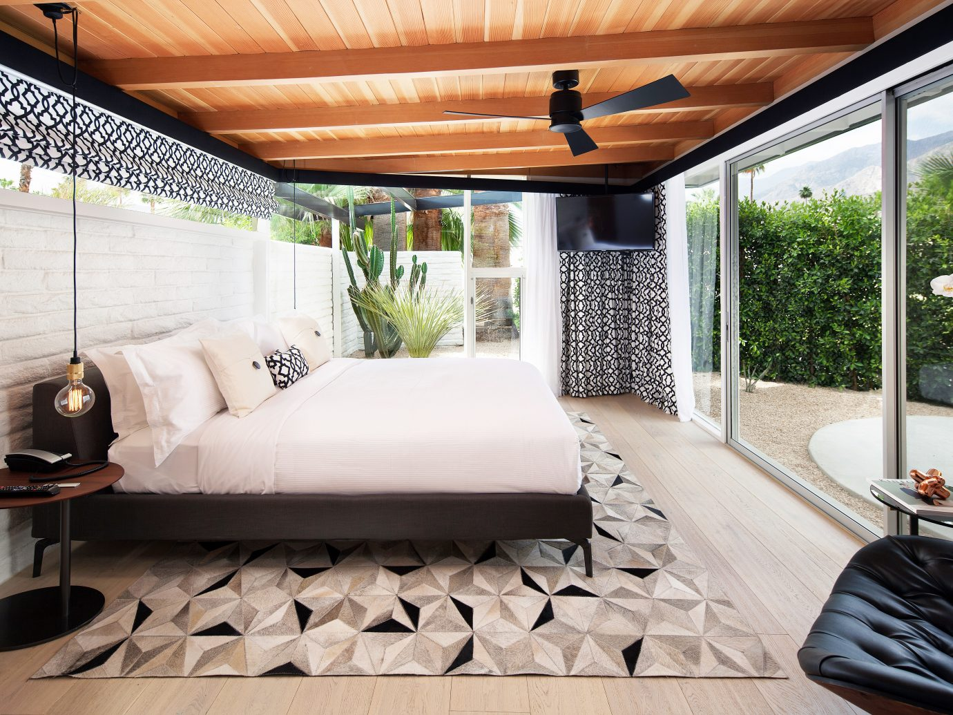 Bedroom Hip Hotels Luxury Modern Patio Road Trips Romance Scenic views Style + Design Suite Trip Ideas property room indoor living room home floor porch interior design estate cottage real estate Villa Design outdoor structure ceiling furniture