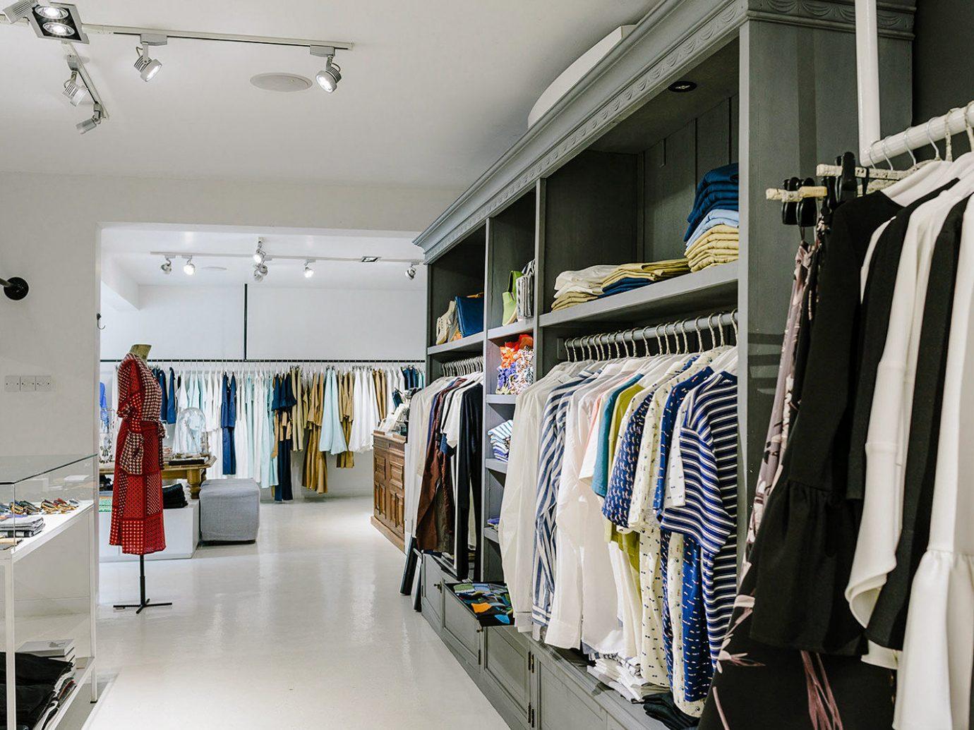 indoor Boutique retail closet interior design outlet store rack several
