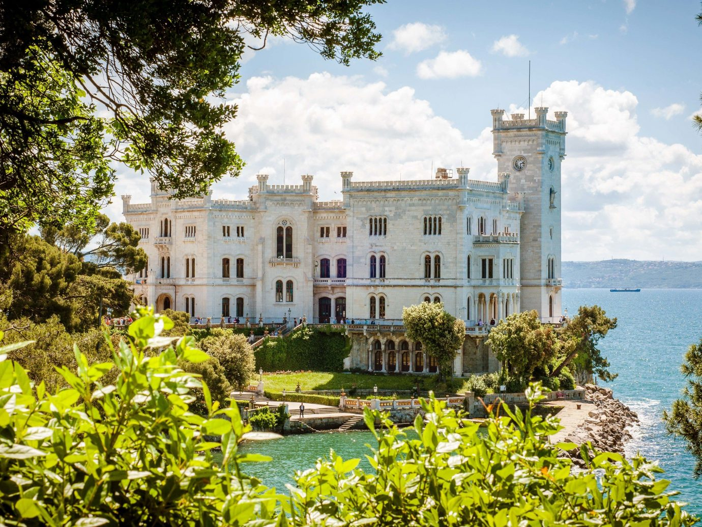 europe Italy Off-the-beaten Path Trip Ideas estate property mansion Villa building home real estate national trust for places of historic interest or natural beauty house tree sky stately home cottage historic house facade hacienda manor house plantation palace château water