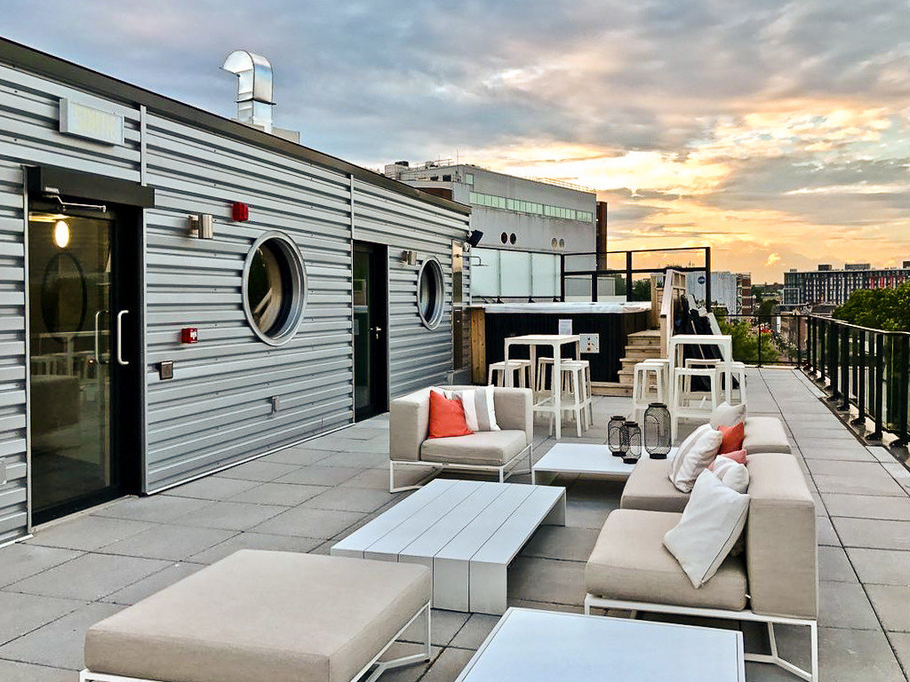 Boutique Hotels Chicago Hotels property real estate Deck outdoor structure home house roof Patio apartment condominium