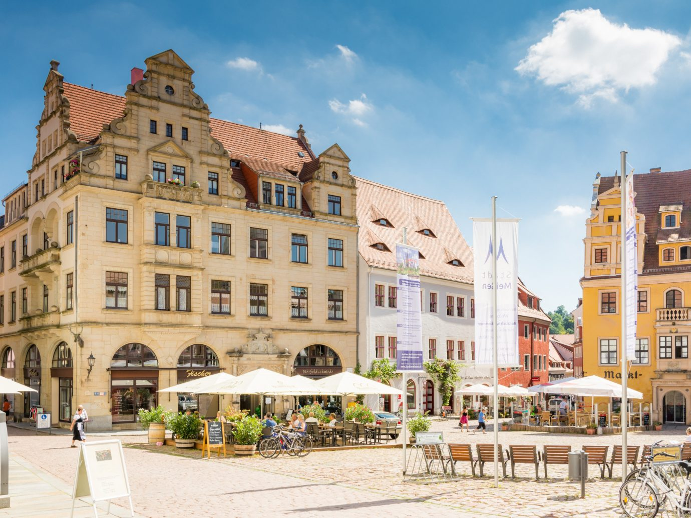 Berlin europe Germany Trip Ideas Town City mixed use plaza neighbourhood town square sky building real estate tourism facade Downtown window apartment